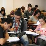 Cobertura de salud para estudiantes y mejoras en albergues
