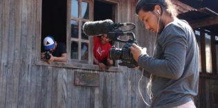 Convocan a estudiantes para realizar prácticas profesionales en una serie de televisión
