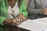 Firmarán un convenio para fortalecer la carrera de Intérprete en Lengua de Señas de la FHyCS