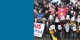 Abrazo simbólico a la FHyCS en defensa de la Universidad Pública
